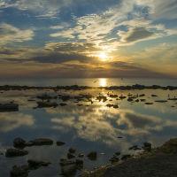 Золотой закат на Каспии., Актау