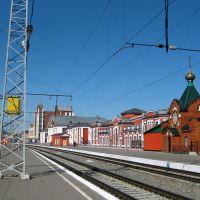 церковь Серафима Саровского на перроне железнодорожного вокзала, Барнаул