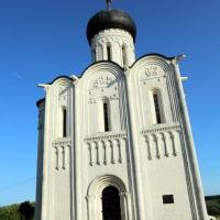 Знаменитый храм Покрова на Нерли 12 век., Боголюбово