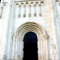 Ворота храма. Южная часть, Боголюбово
