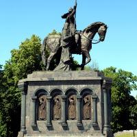 Памятник святителям Владимирской земли, Владимир