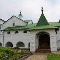 Старинное крыльцо музея-заповедника, Суздаль