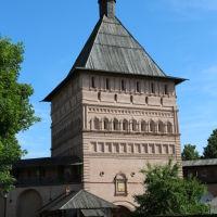 Главная проездная башня Спасо-Евфимиевского монастыря (вид из монастыря), Суздаль