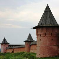 Древние крепостные стены и башни Спасо-Евфимиевского монастыря, Суздаль