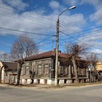 Старый дом на перекрёстке улиц Стрелецкой и Васильевской, Шуя