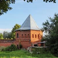 Сергеево. Юго - западная башня Воскресенского Свято - Фёдоровского монастыря., Шуя