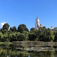 Воскресенский собор над рекой Тезой., Шуя