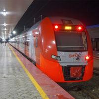 Вечерняя Ласточка Краснодар-Анапа на железнодорожном вокзале Анапы. 1 января 2020 г., Анапа