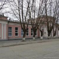 Здание вокзала станции Тоннельная, январь 2012 г., Верхнебаканский