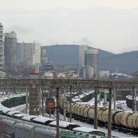 Вид на станцию Тоннельная и цементный завод, январь 2019 г., Верхнебаканский
