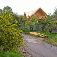 2-ой поселок. Строящийся домик в переулке на ул. Басова (05.2016), Ивантеевка