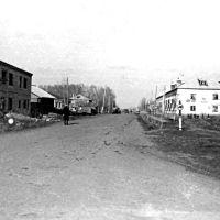 ул. Ленина. Вид со стороны центра. 4 апр. 1970 г., Краснозерское