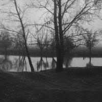 Залив р. Карасук. В войну здесь был деревянный мост и дорога на Лобино (с ул. Мира), Краснозерское