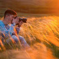 Фотограф снимает горный ковыль г.Кувандык, Кувандык