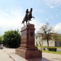 Памятник М.И. Платову напротив войскового собора, Новочеркасск