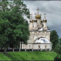 Церковь Спасс-на -яру в центре города, Рязань