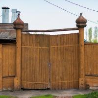 вот такие купола на воротах, Кирсанов