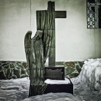 скульптура во   дворе  церкви  евдокии   великомученицы, Казань