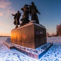 Памятник  первостроителям  города, Комсомольск-на-Амуре