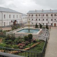 Монастырский фонтан, Алатырь
