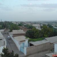 Вид с крыши дома по ул. Гулистан, 59. За забором - территория горводоканала, Денау