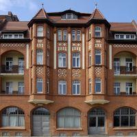 Brandenburg, hübsch restaurierte Fassade (Neustädter Markt), Бранденбург