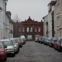 Damaschkestraße mit verfallender Fabrik am südlichen Ende, Бранденбург