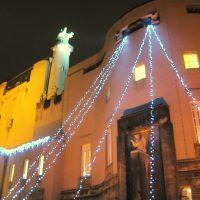 Cottbus, Jugendstil-Staatstheater mit Weihnachtsbeleuchtung (2), Котбус