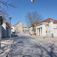 Güstrow: Gleviner Straße mit Torhäusern, Гюстров