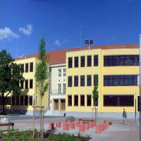 Albert-Einstein-Gymnasium Hofansicht, Нойебранденбург