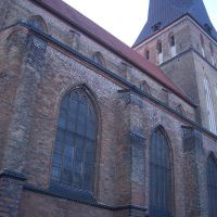 Petrikirche, Росток