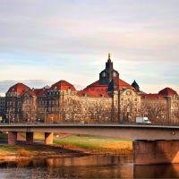Drezno - historyczne i współczesne, Дрезден