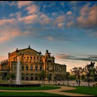 Semperoper am späten Oktobernachmittag {a.r.}, Дрезден