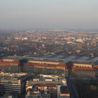 Blick vom Leipziger MDR Hochhaus rüber zum Hauptbahnhof, Лейпциг