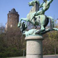 Hlg. Georg, Schutzpatron der Kreuzritter, vor dem alten Schloss, Плауэн