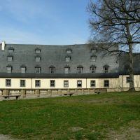 Schloss Altenburg  -  Blick auf den terrassenartig  angelegten  Agnesgarten, Альтенбург