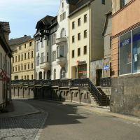 Altenburg - Blick in die Wallstrasse mit der 1892 erbauten Stützmauer mit Geländer an der Stelle der alten Stadtmauer, Альтенбург