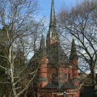 Altenburg - Blick auf die 7.5.1905 geweihte Brüderkirche vom Johannisgraben aus, Альтенбург