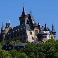 Blick hoch zum Schloss Wernigerode, Вернигероде