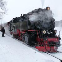 """Hartmut Wegener und """"seine"""" Lok: Abfahrt Richtung Drei Annen Hohne - Выезд - Harzer Schmalspurbahn, Вернигероде"""