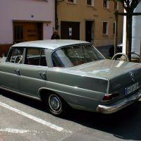 Frühen 60s Vintage Mercedes 190 auf Paradeplatz., Амберг