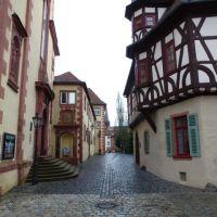 Historic Aschaffenburg: Pfaffengasse, Ашхаффенбург