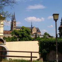 Blick hinauf zum Kloster St. Michael, Бамберг