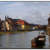 Bamberger Ansichten: Blick vom Anleger Klein Venedig auf Kloster St. Michael, Бамберг
