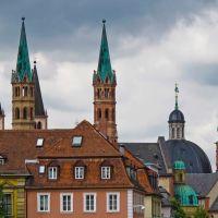 Türme über den Dächern von Würzburg., Вюрцбург