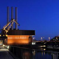 Nachtaufnahme: Alter Kran im Alten Hafen, Вюрцбург