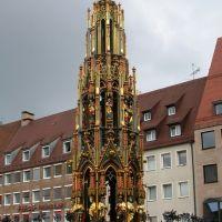 Brunnen in Nürnberg am Marktplatz, Нюрнберг