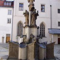 Brunnen im Innenhof des Doms zu Passau, Пасау