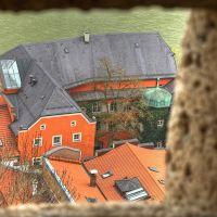 Schiesschartenblick auf Mautnerschloss und Salzach - Burg Burghausen