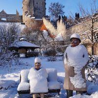Grandma and Grandpa with white coat, Бургхаузен